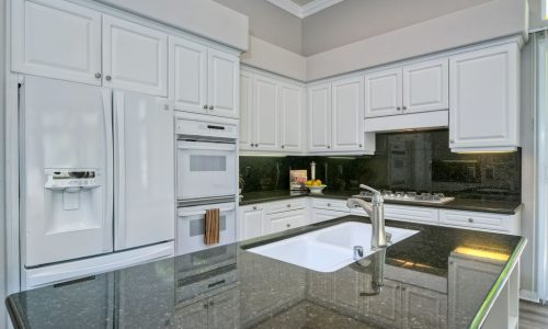 Kitchen Cabinet Painters in Carlsbad