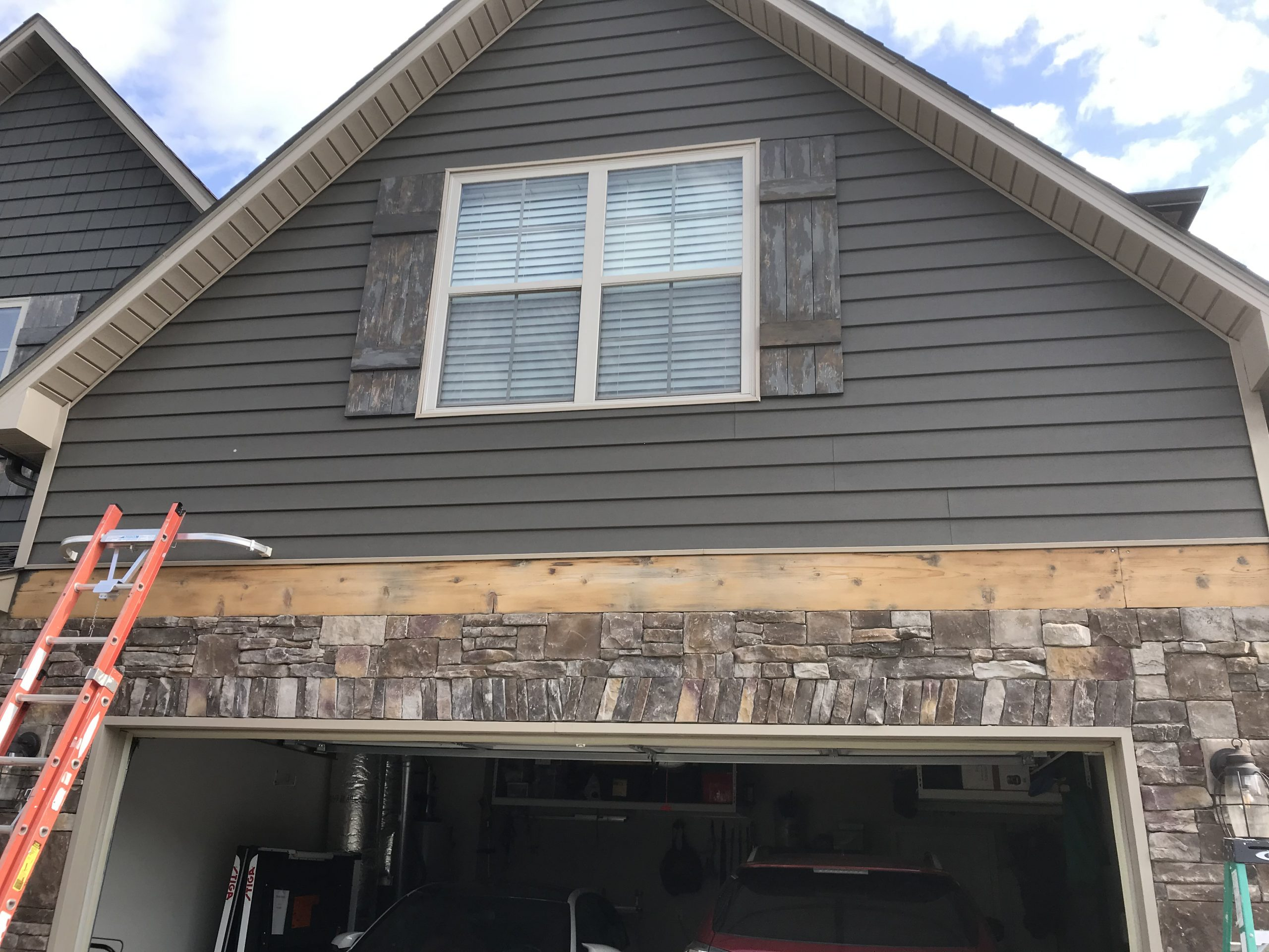 garage trim before replacement