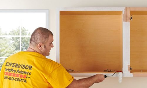 professional cabinet painters in whitby