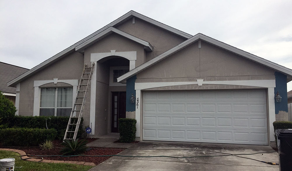 Stucco Painting and Repair Services Before